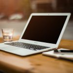 Slackを日報ツールとして活用する方法とは?nanotyとの比較もご紹介!